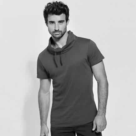 camiseta manga corta cuello hombre